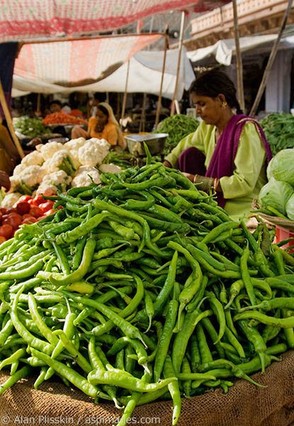 Vegetables being sold at the Jodhpur outdoor market.